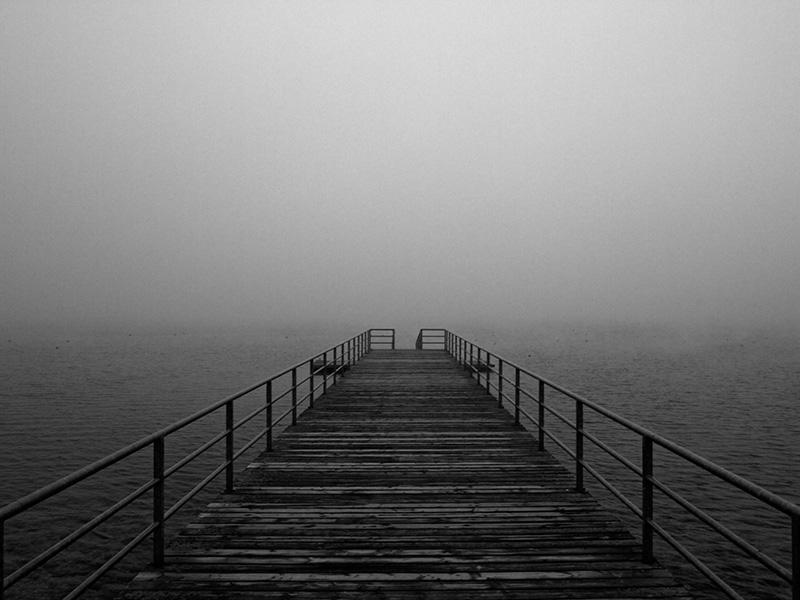 Der Cospudener See in Schwarz-Weiß