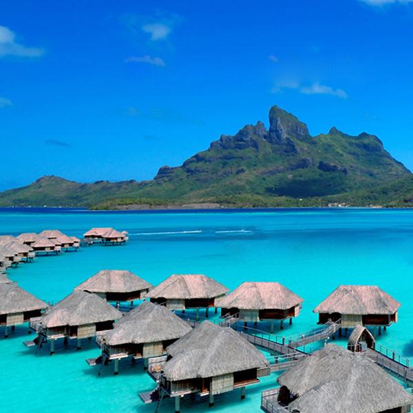 Bora Bora: Ein Hotel über den Wellen
