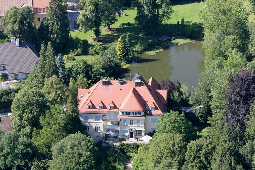 Schloss am Starnberger See auf Airbnb
