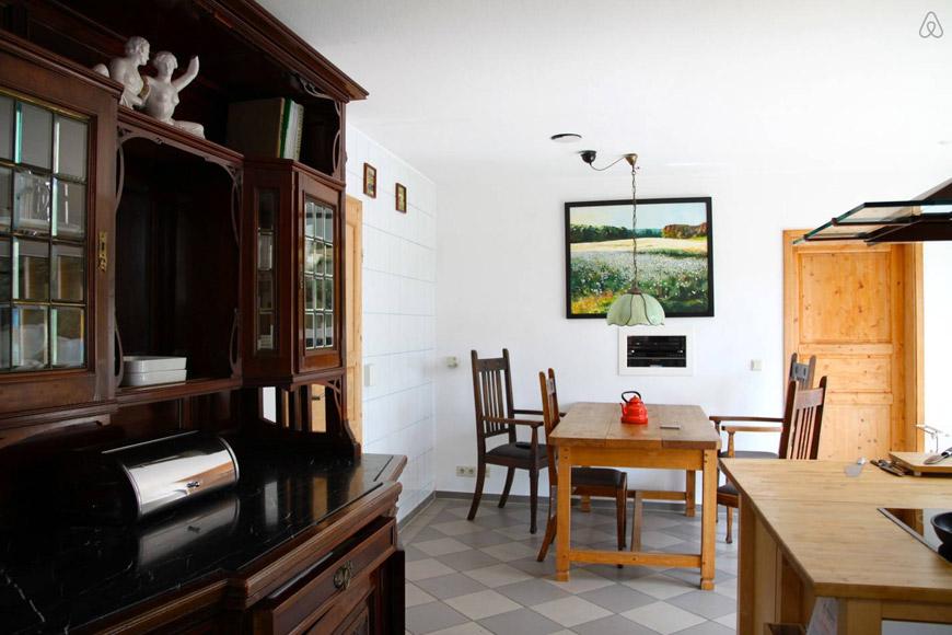 Idyllisches Ferienhaus mit Boot auf Airbnb