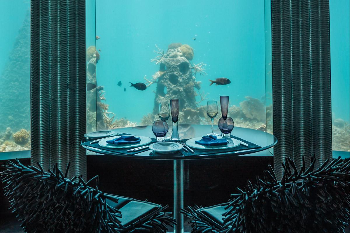 essen und feiern unter wasser das subsix auf den malediven magazin. Black Bedroom Furniture Sets. Home Design Ideas