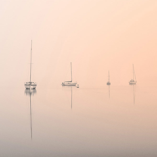 Schwerelose Spiegelschiffe am Lake Windermere